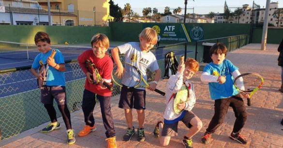 Hiszpański luz tenisowy